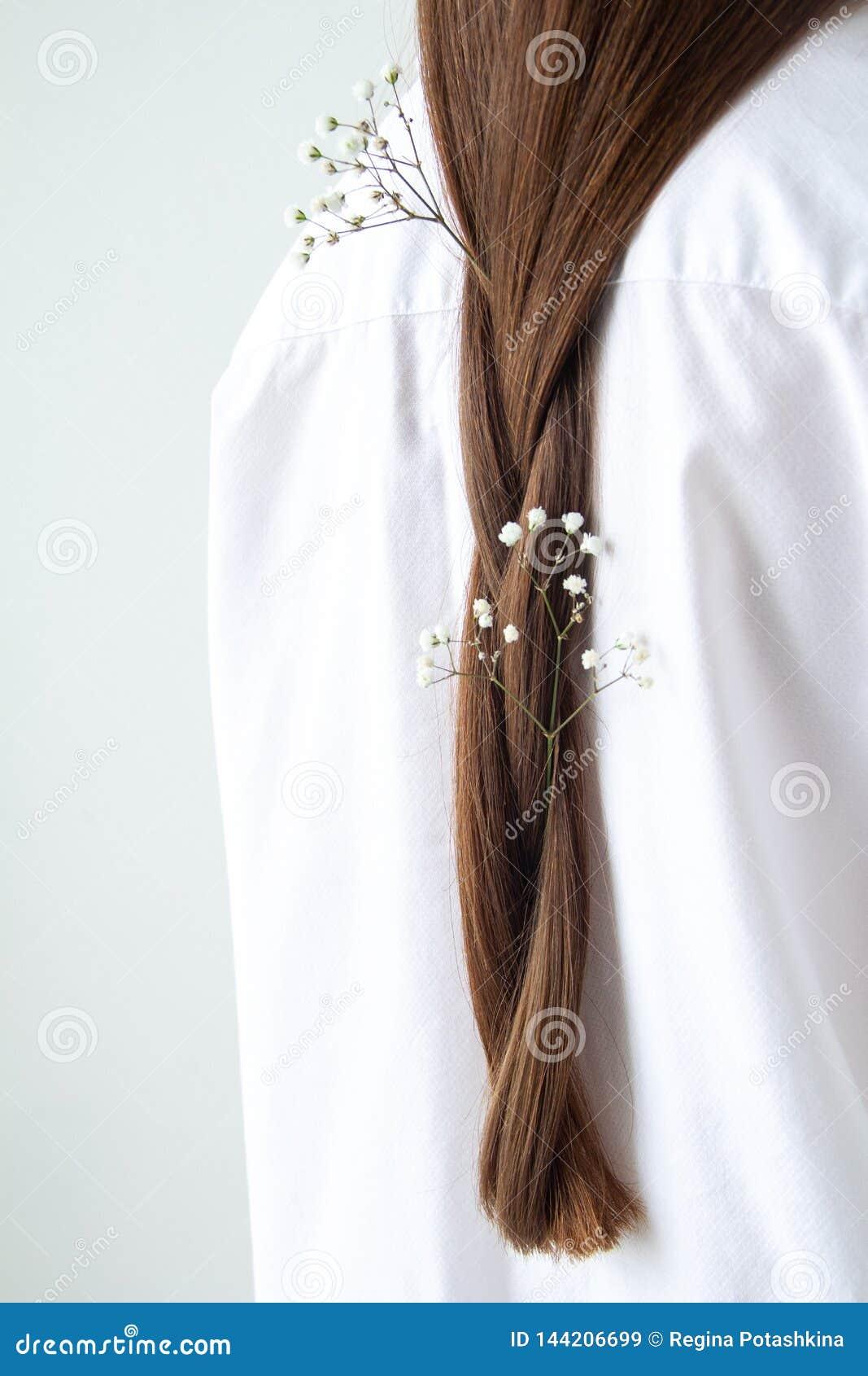 Flor en el pelo