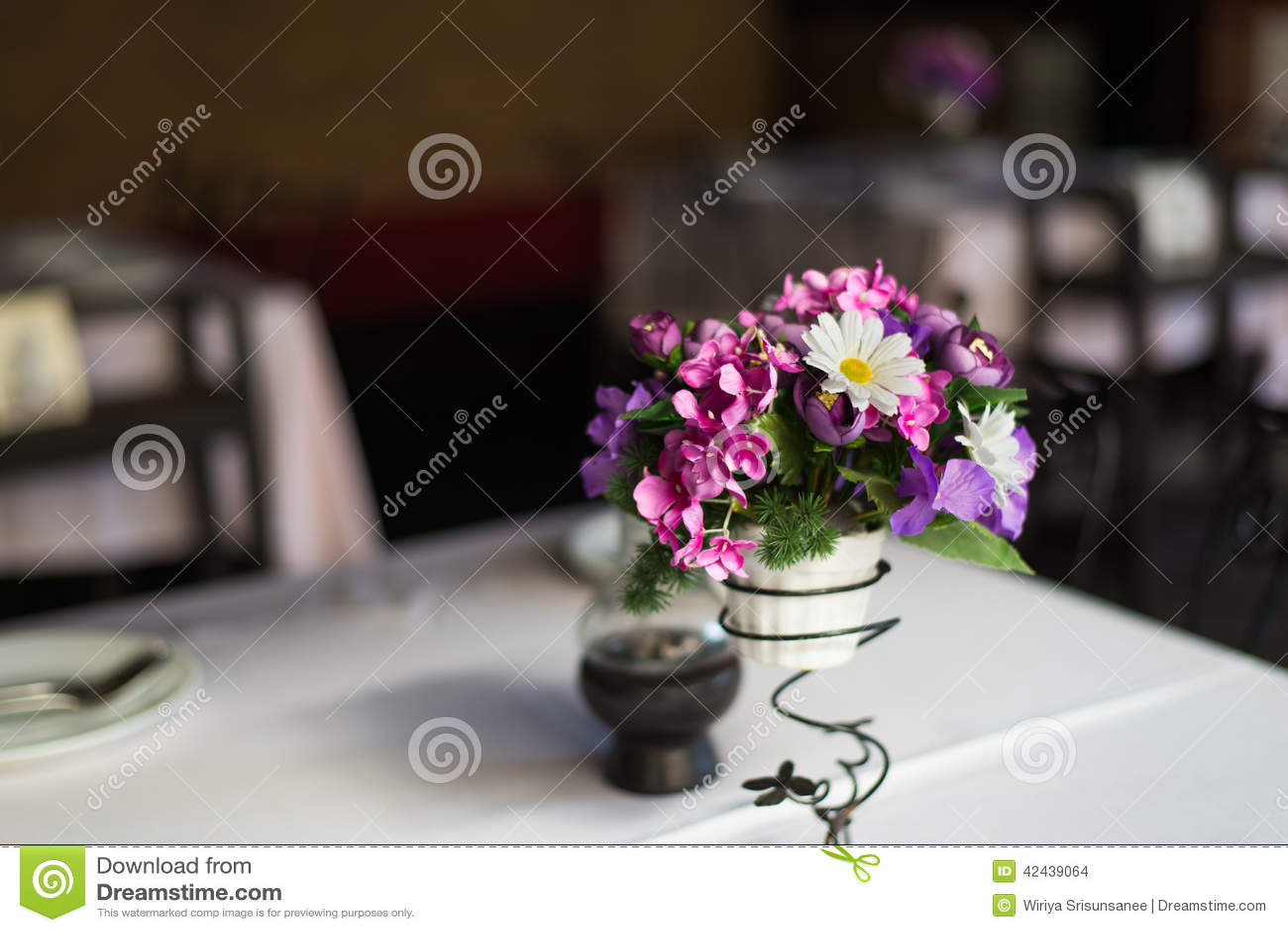 Flor en sistema de la tabla