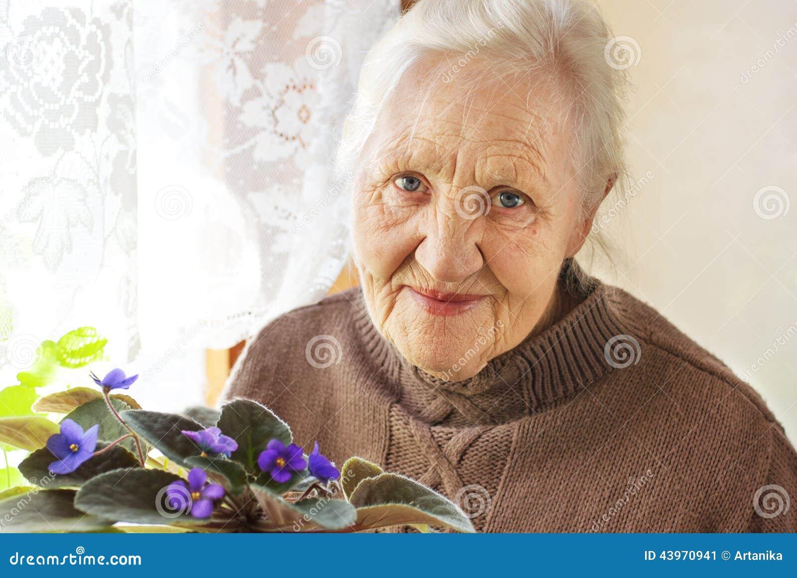 Flor idosa da mulher