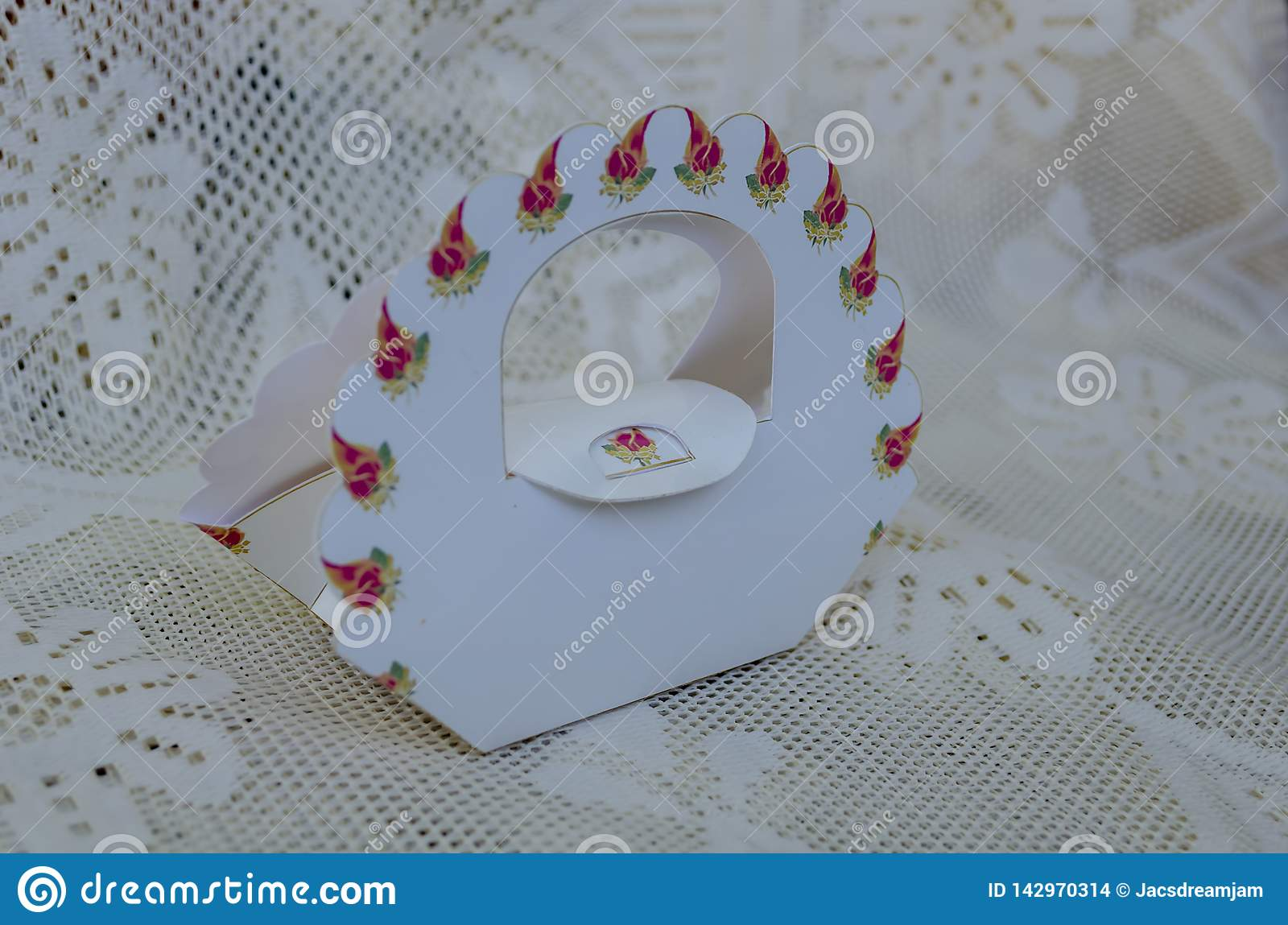 Floral Handle Purse Shaped Favor Box Cake Design Requires No Glue When Printed On Thick Card The Sides Are Scored And Folded To Form Shape