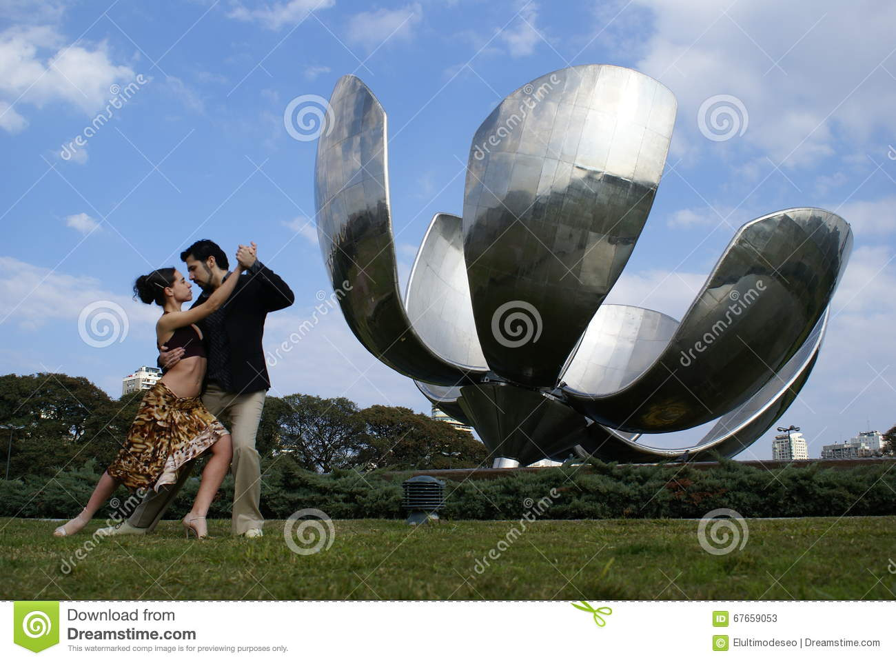 Floralis Generica of Buenos Aires and Tango