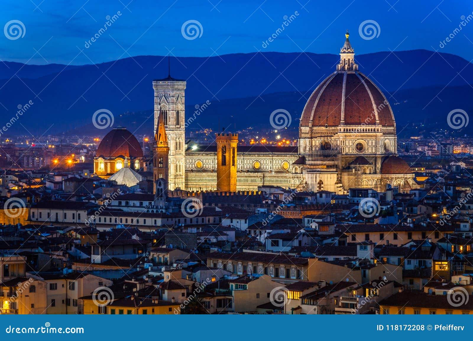 Florence bij nacht