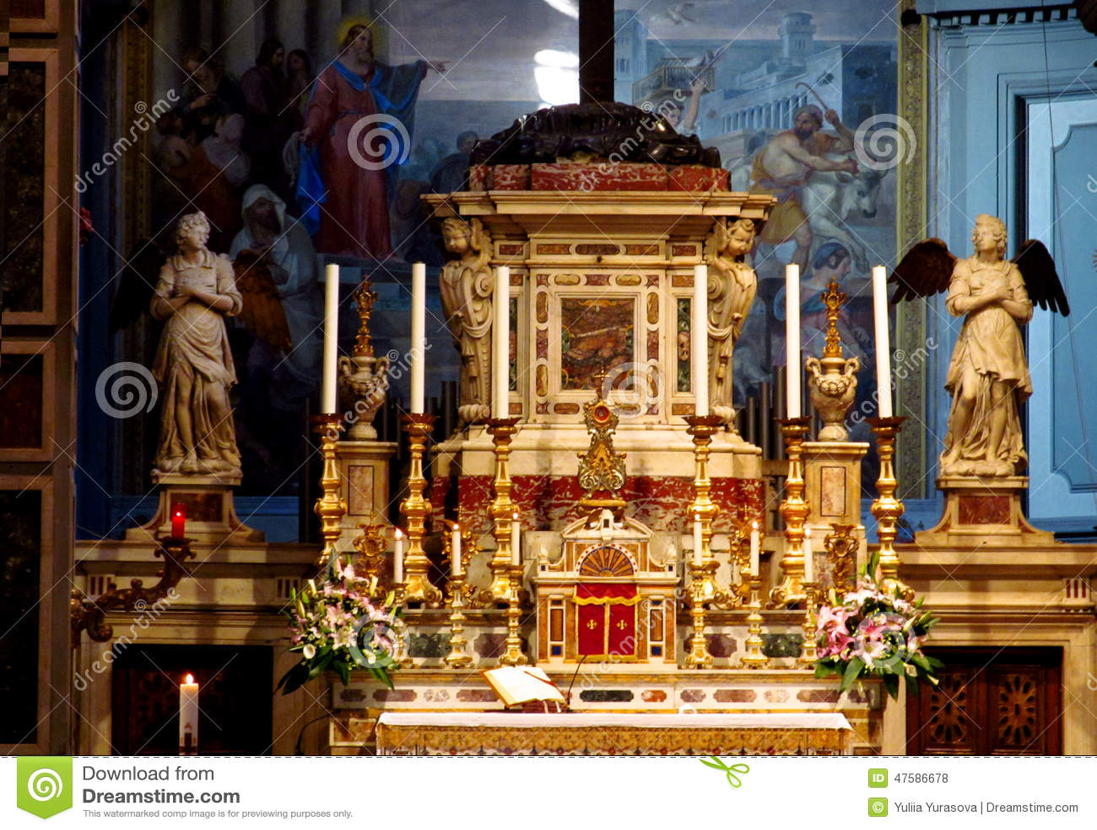 Florence Cathedral Basilica di Santa Maria del Fiore dentro del altar del santuario