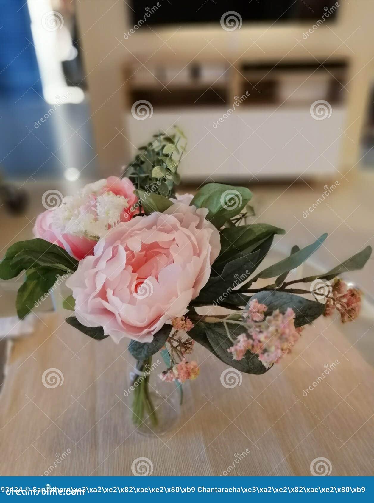 Flores cor-de-rosa bonitas