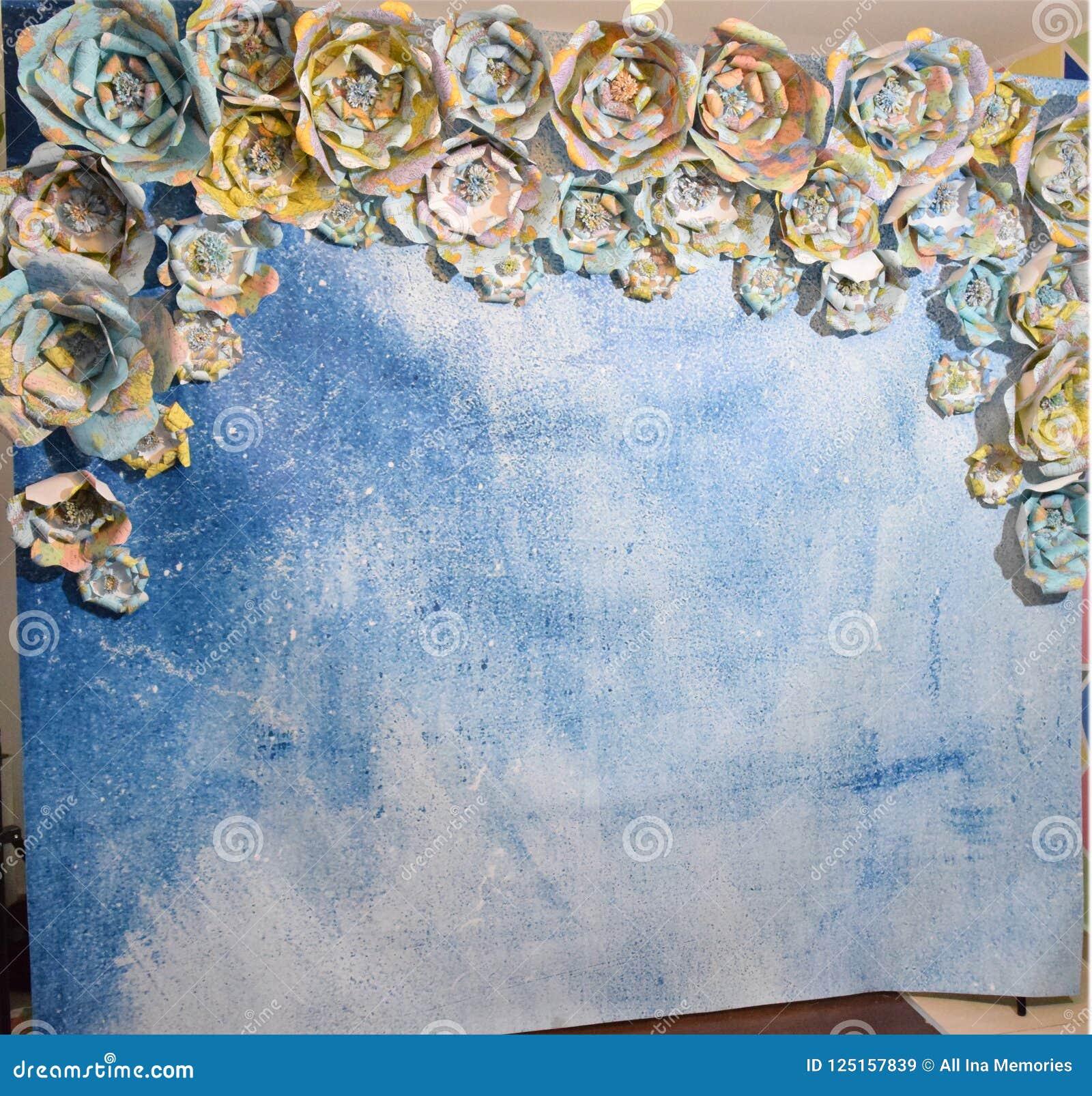 Flores feitos a mão do mapa do curso, clearsky, watercolour, fundo