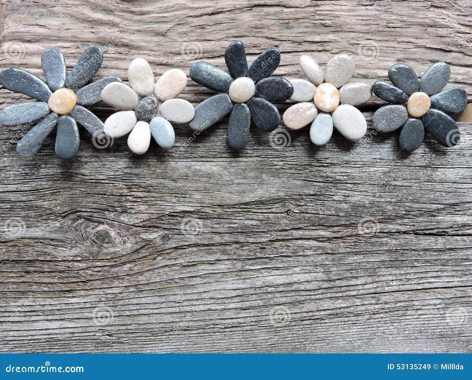 Flores hechas de piedras naturales foto de archivo for Piedras naturales