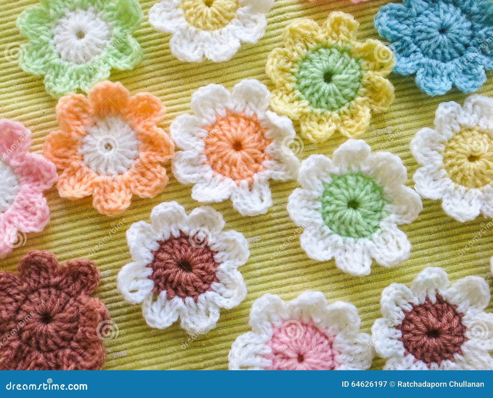 Excepcional Las Pautas De Las Flores De Ganchillo Ilustracin