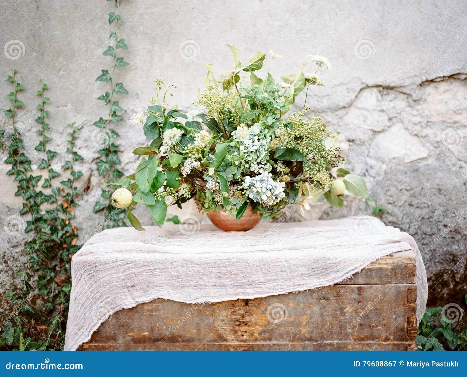 Flores na caixa