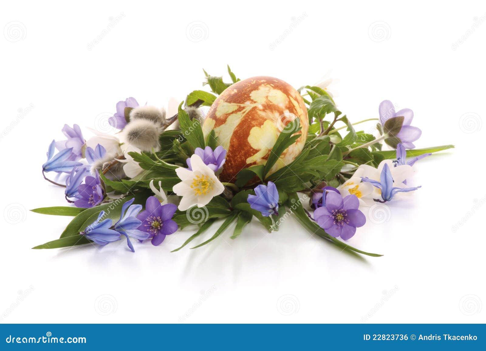 flores-pintadas-del-huevo-y-del-resorte-de-pascua-22823736.jpg