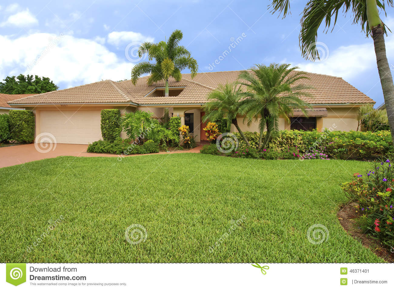 Florida Clean Ranch Style Home With Roof Hole To