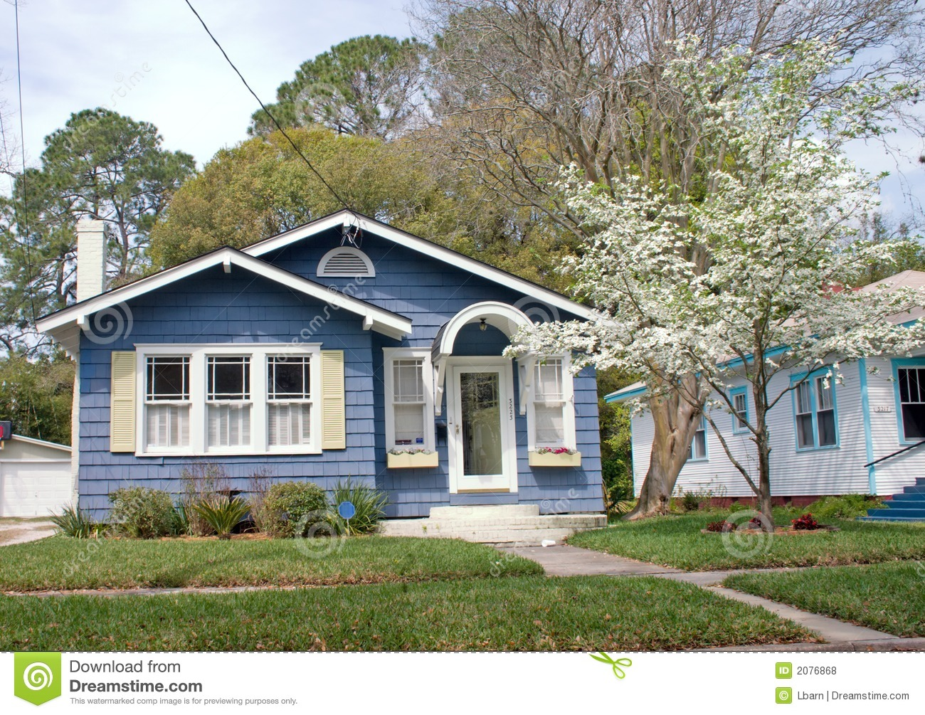 Florida cottage style home stock photo image of dogwood Cottage and home