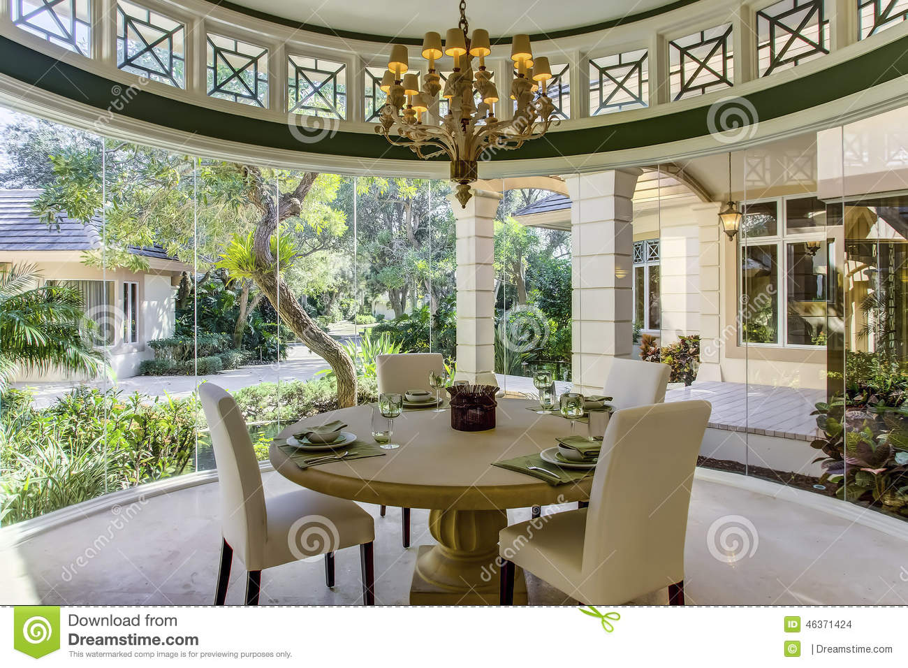Luxury formal dining room - Florida Luxury Home Formal Dining Room Stock Images