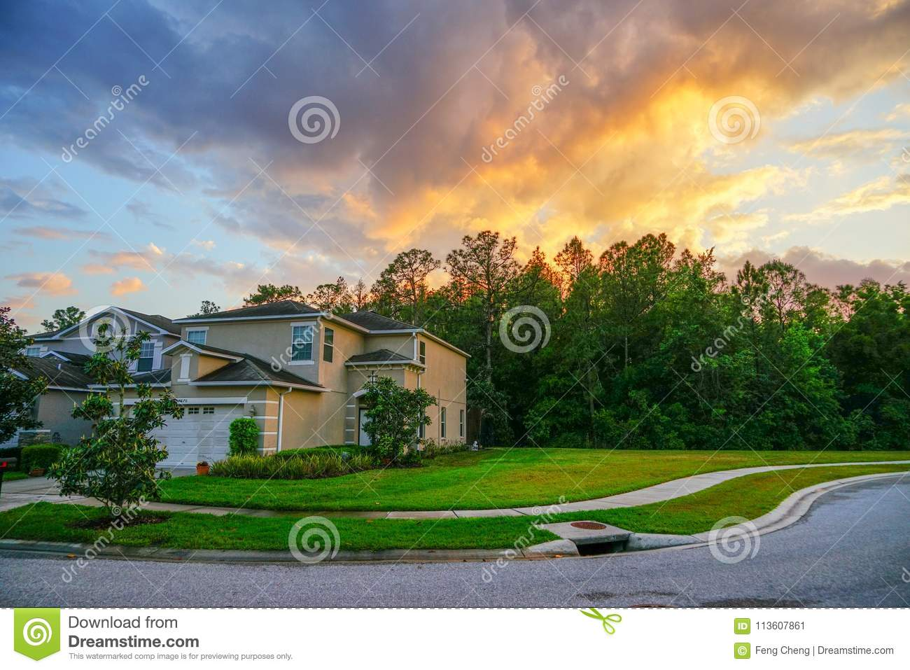 Florida sun set and house