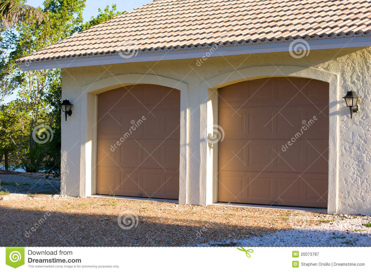 954 #916C3A  Of Exterior Of Modern Two Car Garage With Doors Closed In Florida wallpaper Two Car Garage Doors 37651300