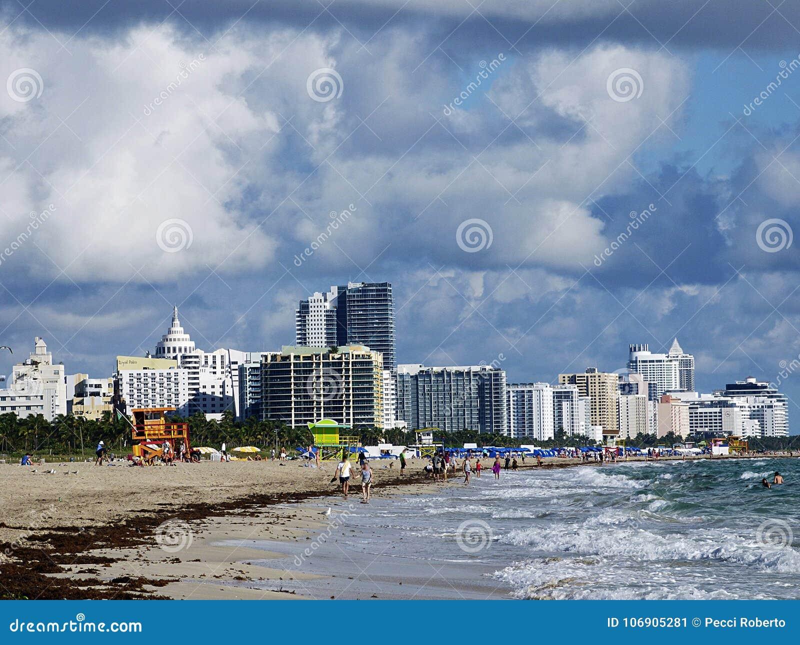 Floryda Miami plaża, widok zatłoczona plaża