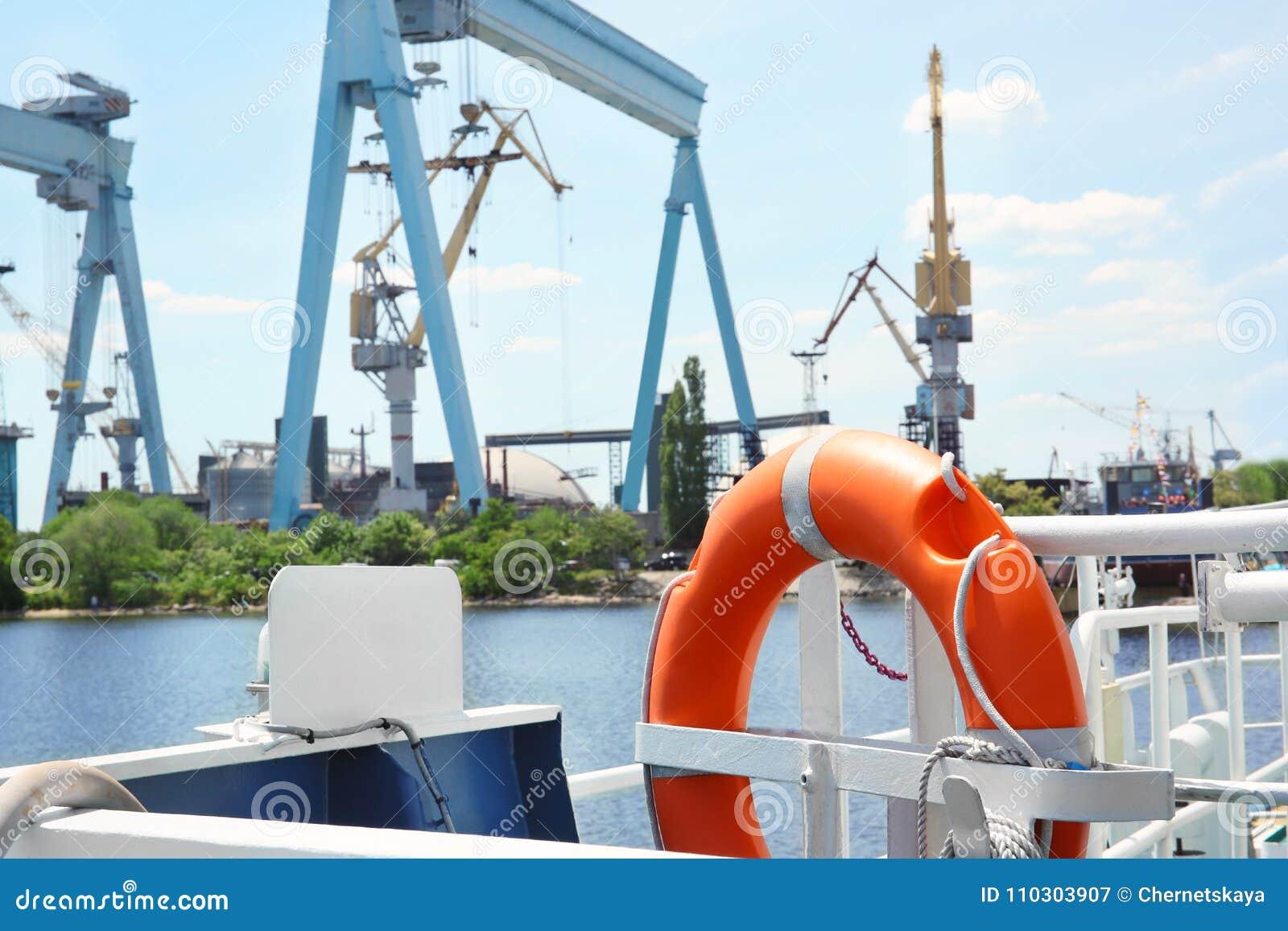 Flotation ring onboard the vessel