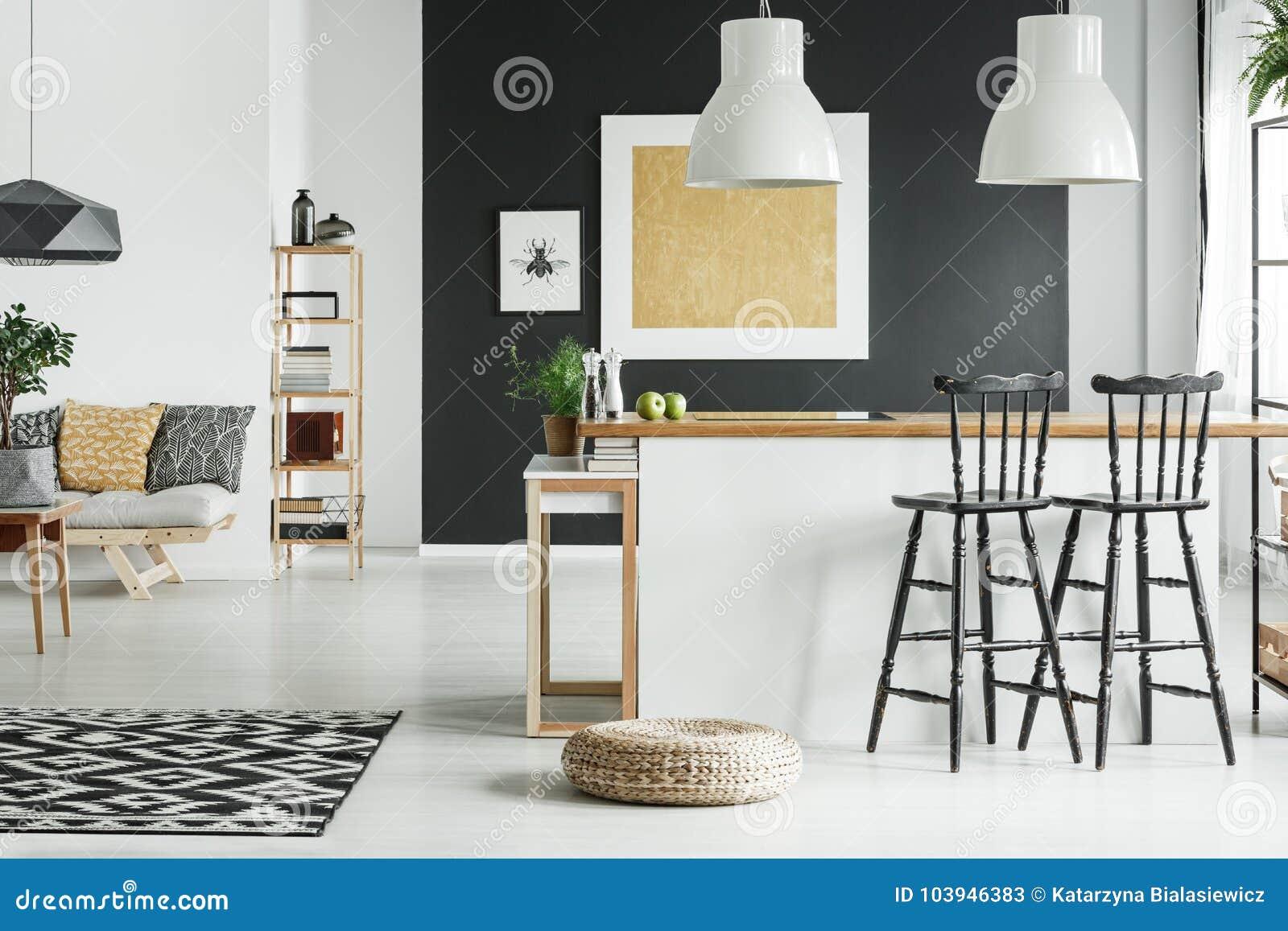 Flott vardagsrum med kök