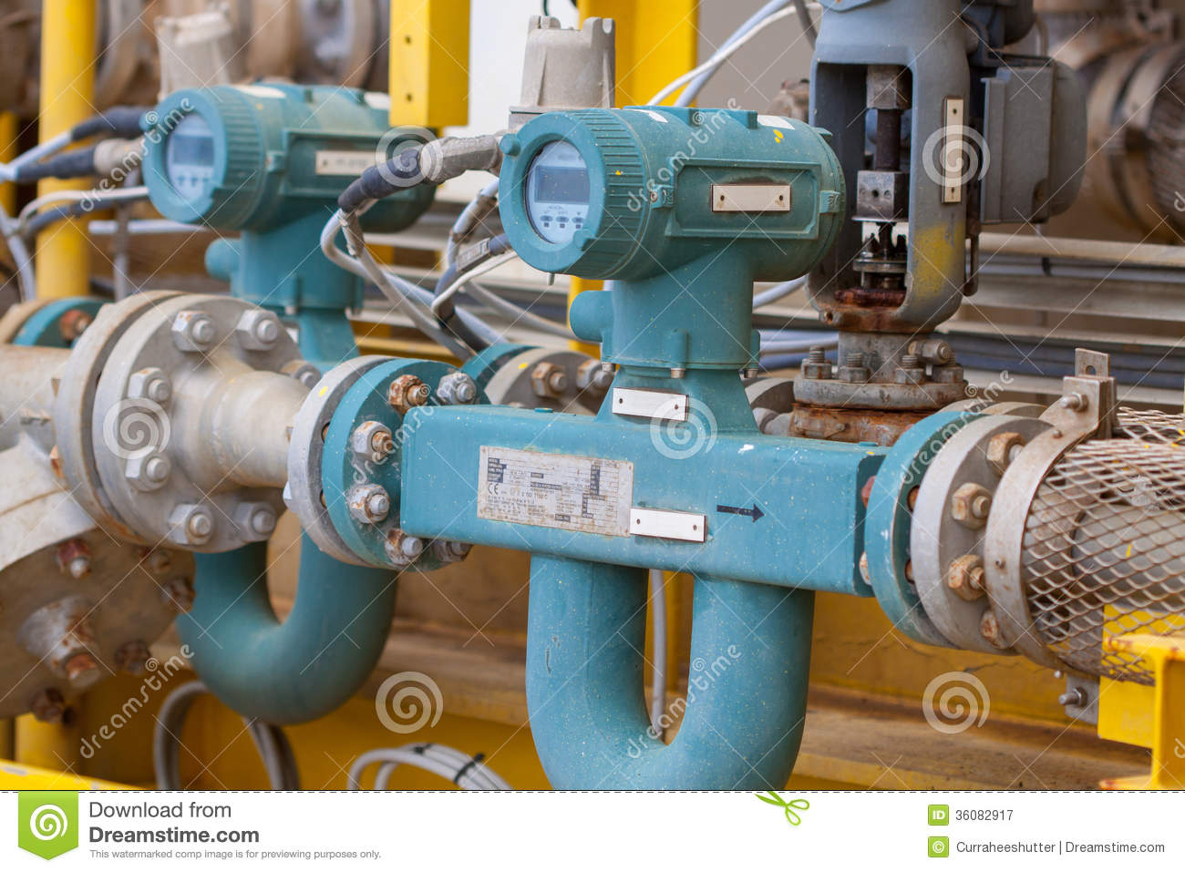 flow meter for measure oil   liquid and gas in the system