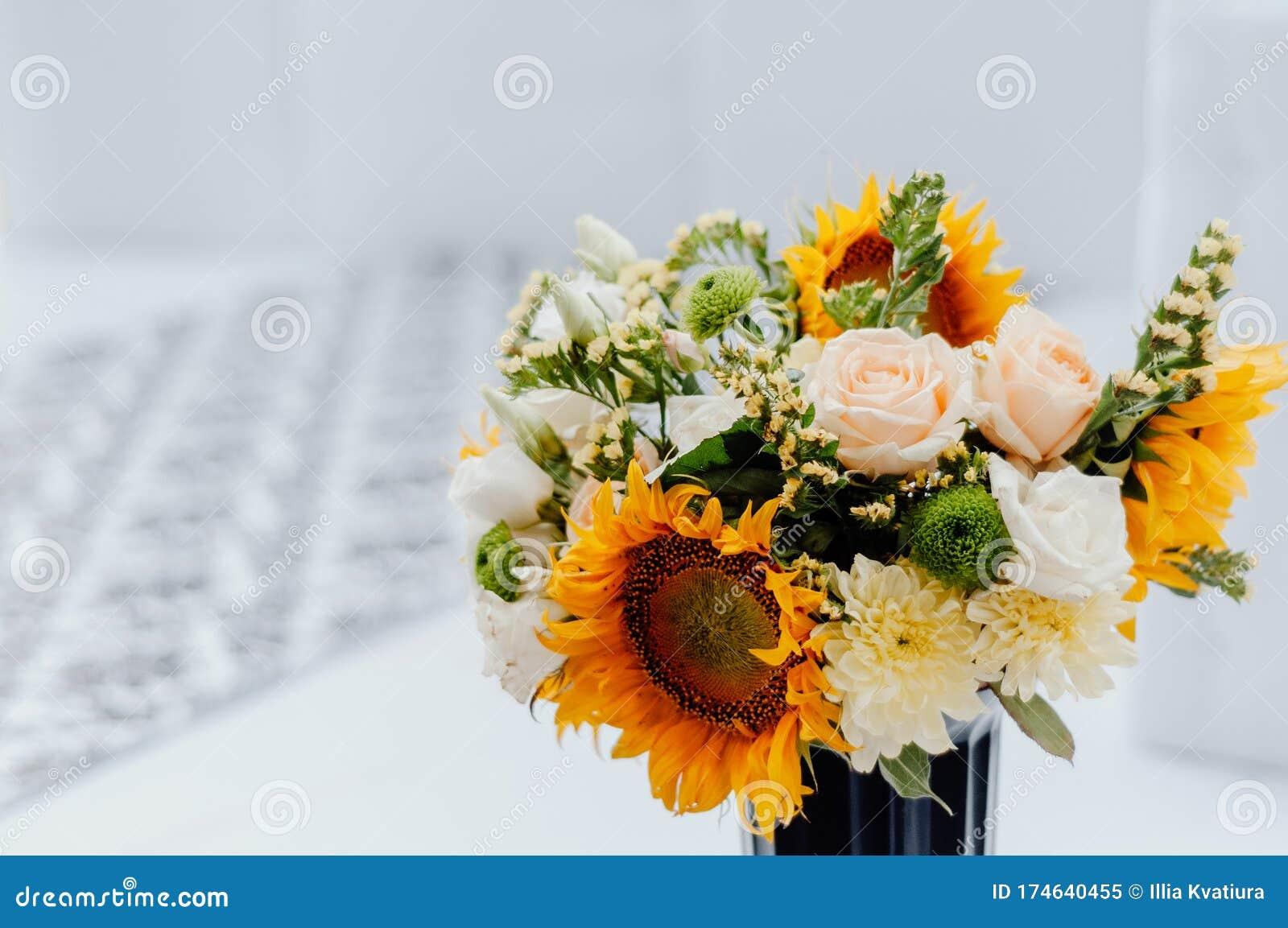 Flower Arrangement In A Black Vase Stock Image Image Of White Love 174640455