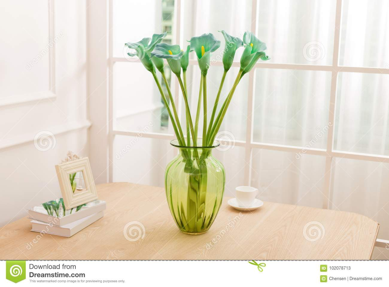 Flower Arrangement On Table Office Desk Stock Image Image Of Roses Bunches 102078713
