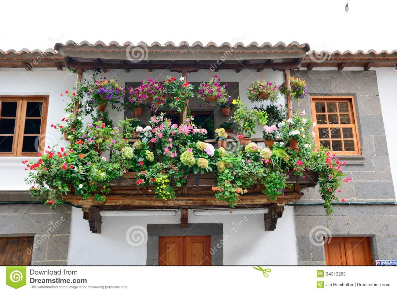 Flower balcony stock photos image 34313263 for Balcony flowers
