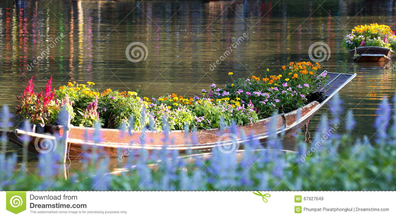 Flower and boat 95.