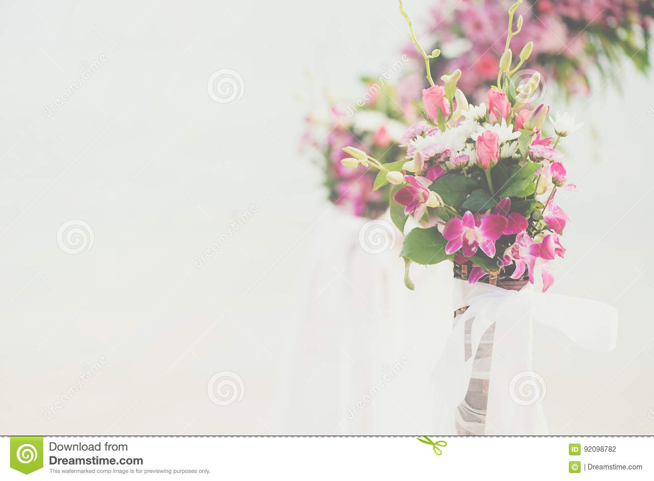 Flower Bouquet Arrange For Wedding Decoration With Sea Background ...