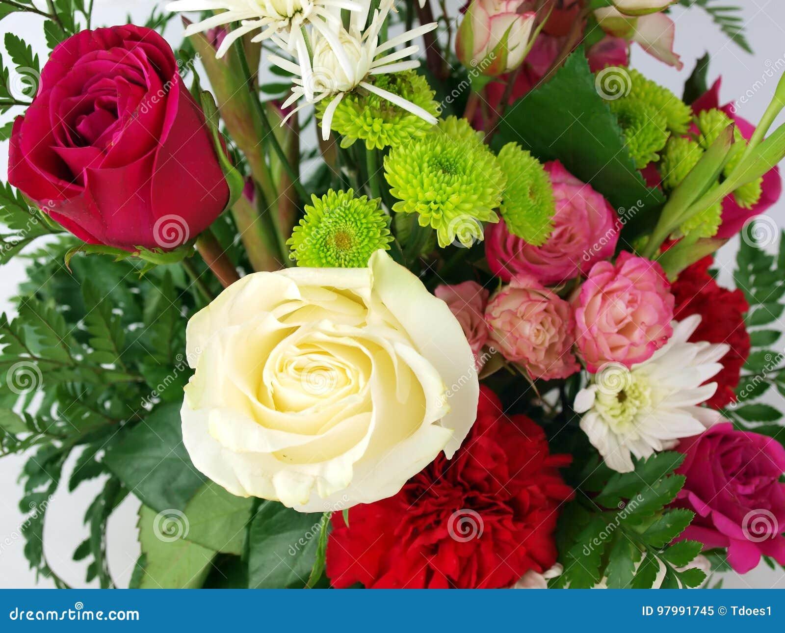 Flower Bouquet Rose Stock Image Image Of Spring Seasonal 97991745