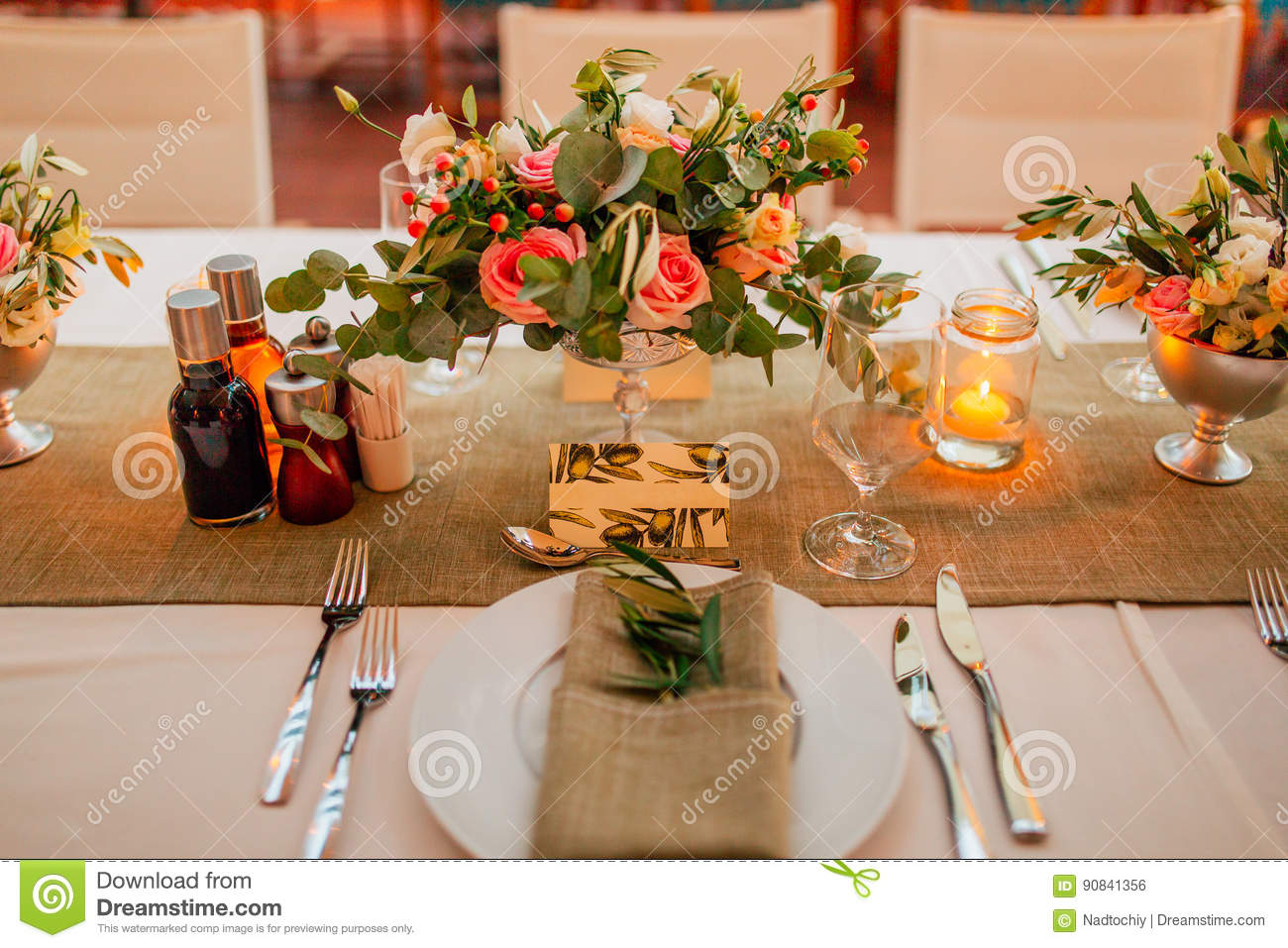 Flower Compositions On The Wedding Table In Rustic Style Wedding