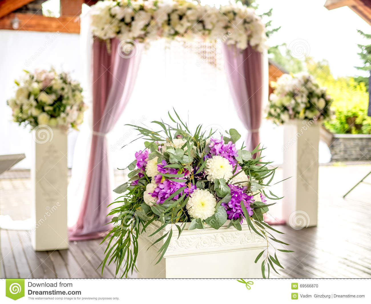 Flower decoration on background of wedding arch stock for Background decoration for wedding
