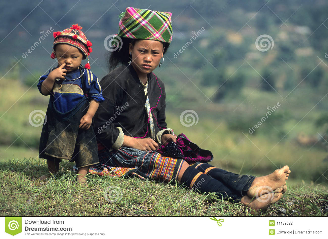 Flower Hmong Mother and Child