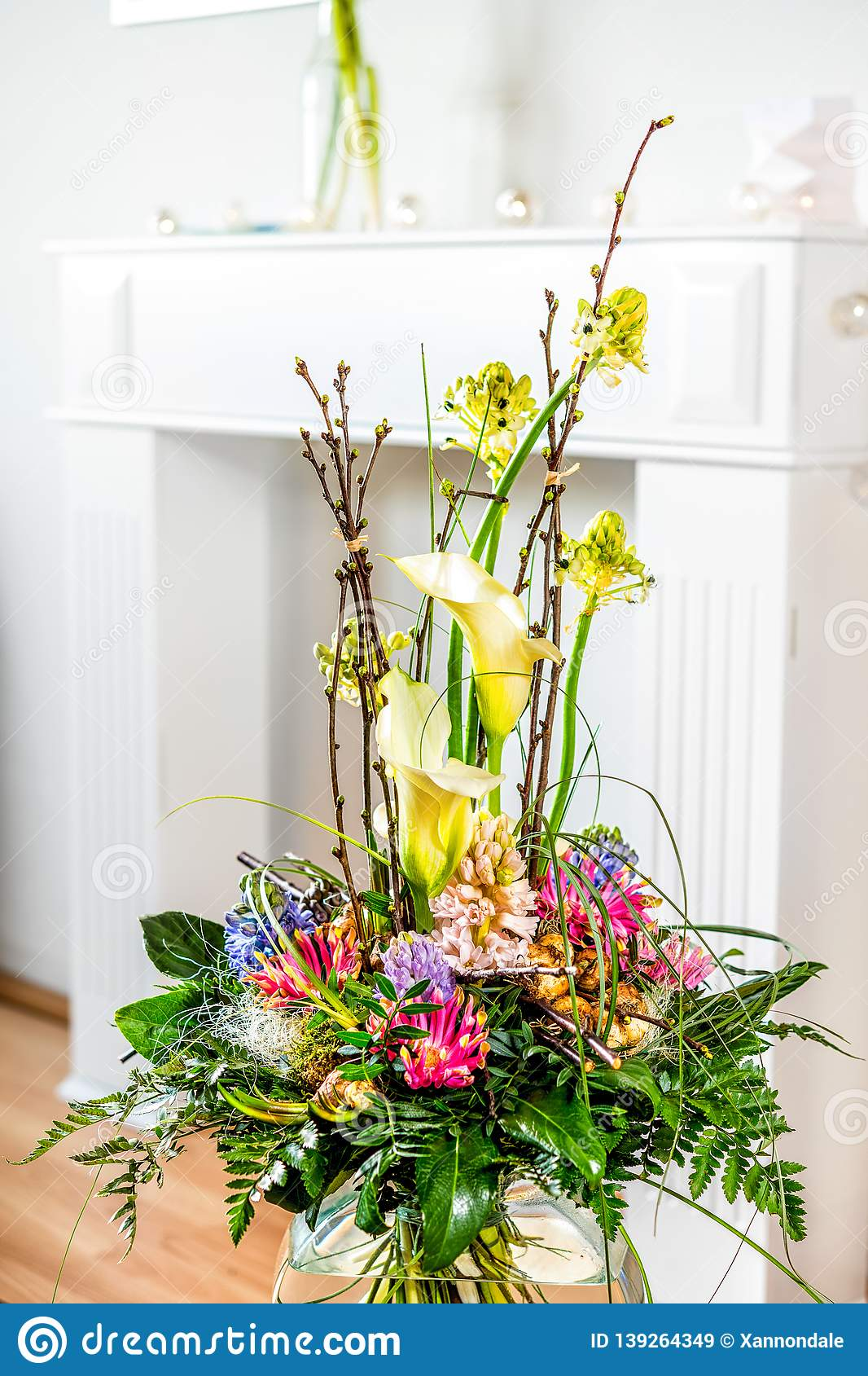 Flower In Living Room Stock Image Image Of Flora Flowers 139264349