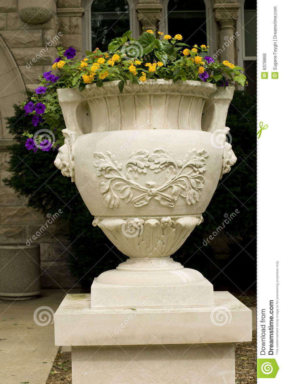 Flower pot royalty free stock photos image 6379868 for Fancy flower pots