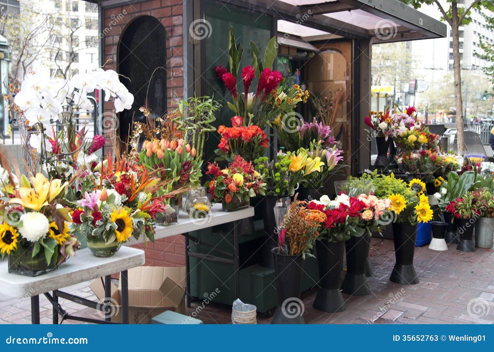 Flower Store On The Roadside Stock Image - Image: 35652763