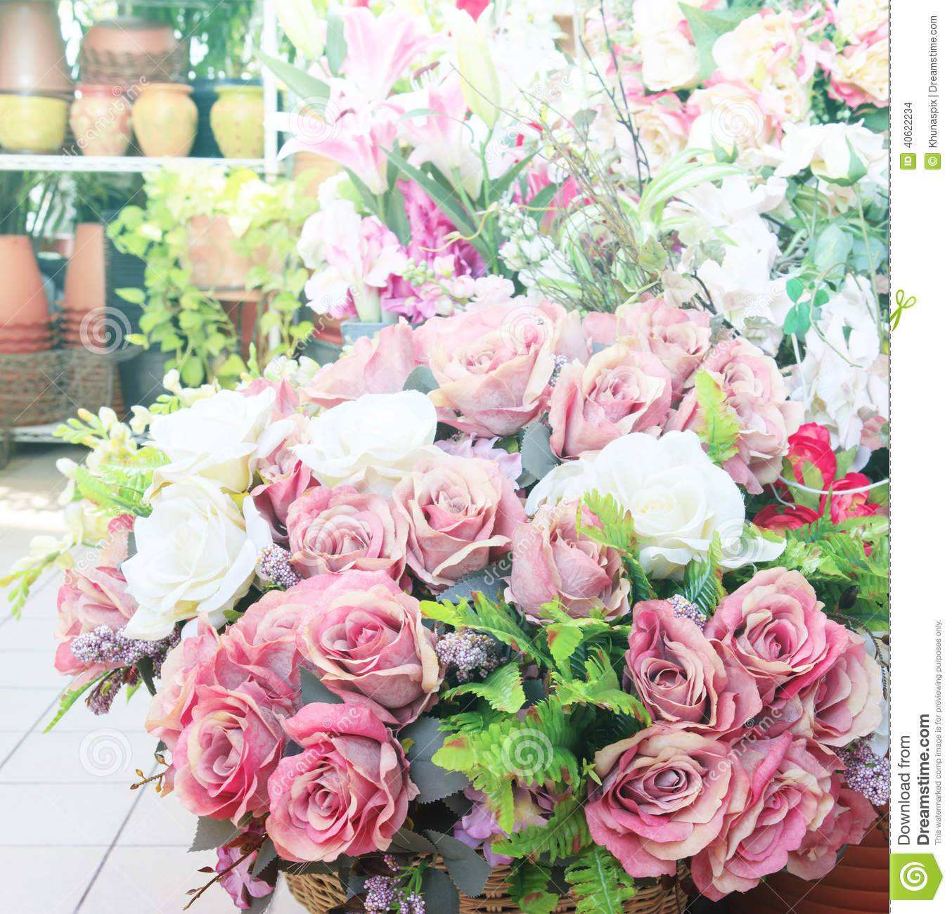 Good Flowers Bouquet Arrange For Decoration In Home Stock Images