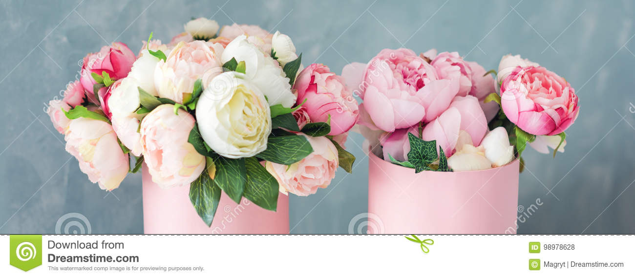 Flowers In Round Luxury Present Boxes Bouquet Of Pink And White