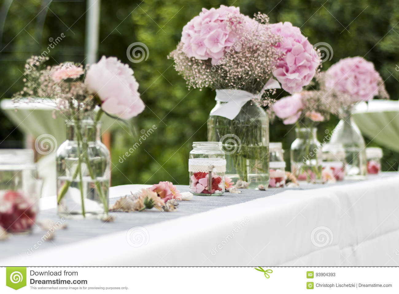 Flowers Settings Decoration Outdoor Setup For Wedding With Pink