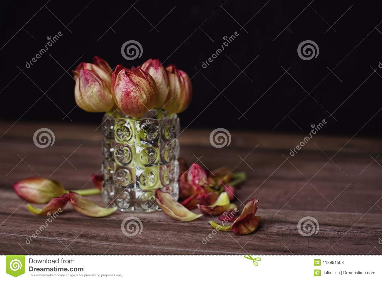 flowers tulips bouquet wood table close-up