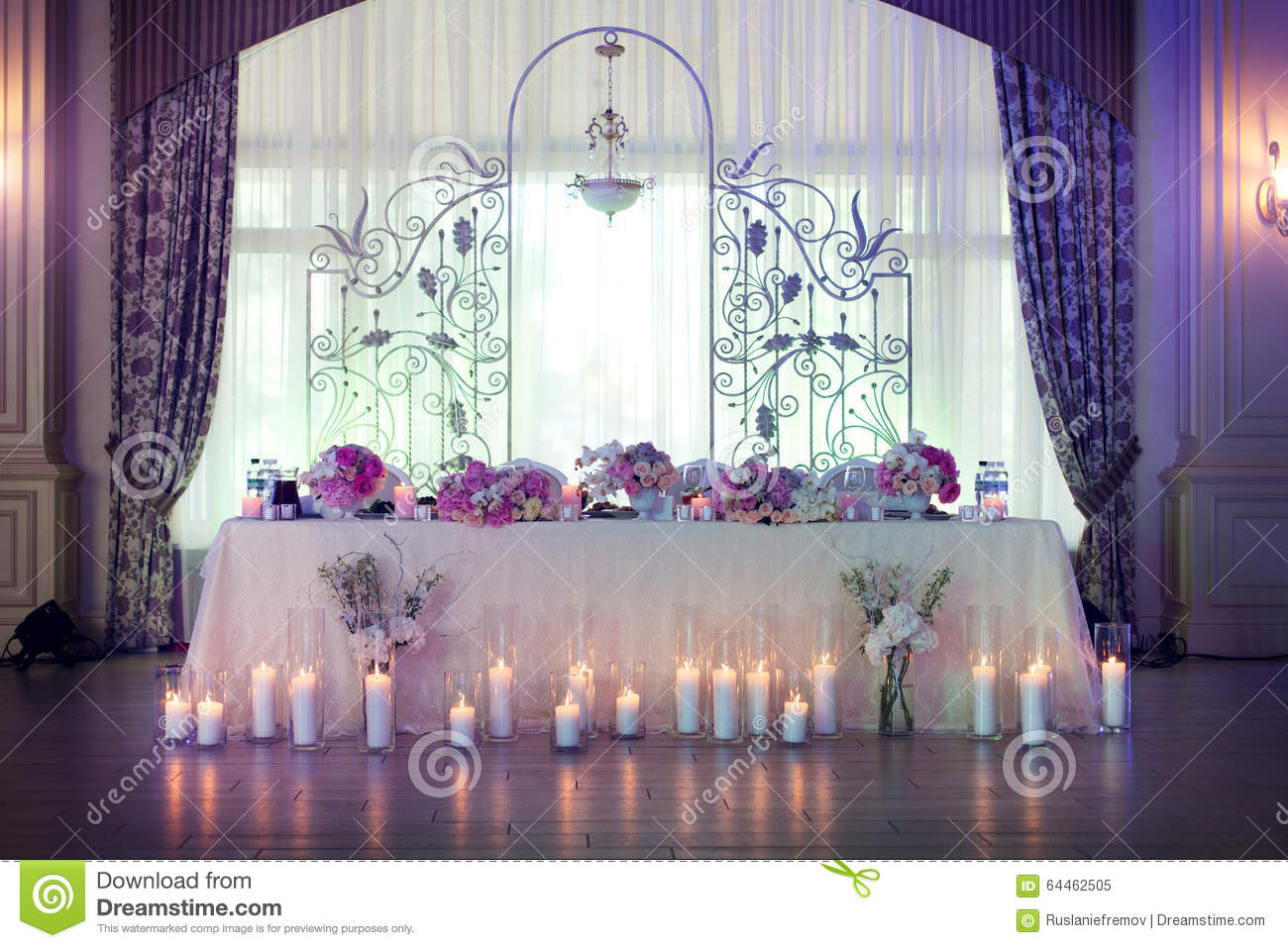 Elegance table set up for wedding Royalty Free Stock Photo & Flowers In The Vase. Elegance Table Set Up For Wedding Stock Image ...