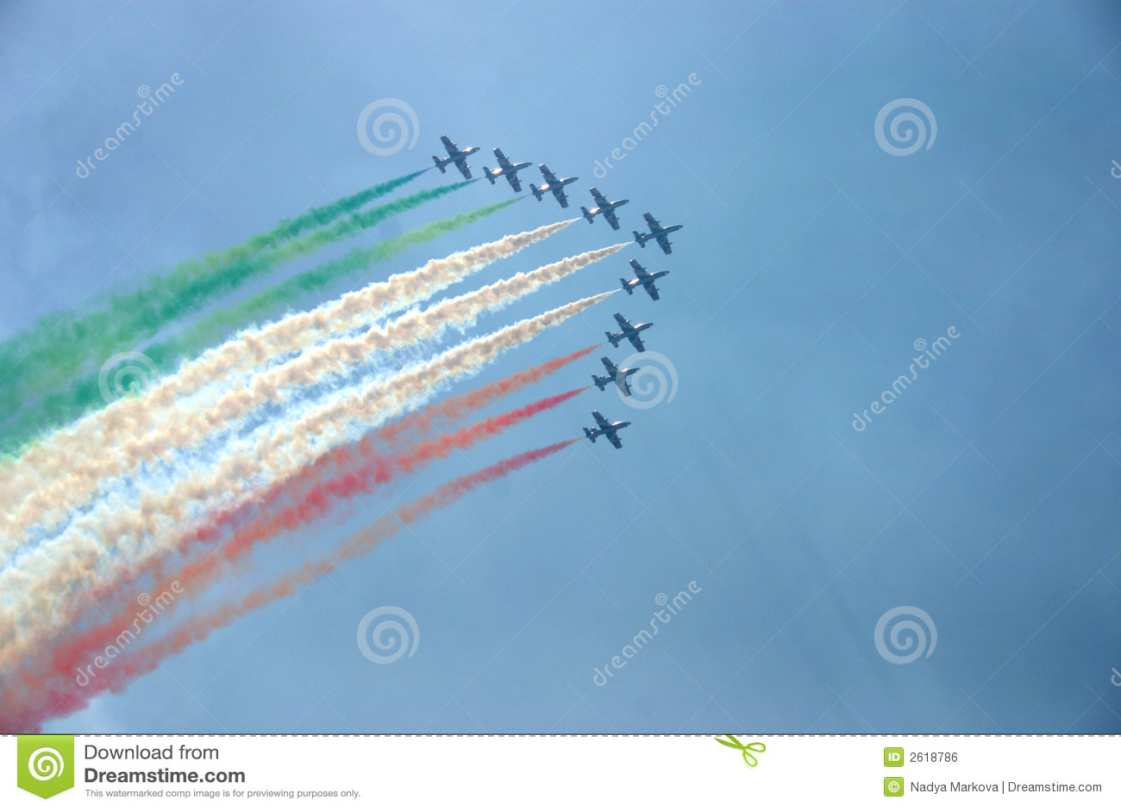 Flugzeuge, die Flagge von Italien zeigen