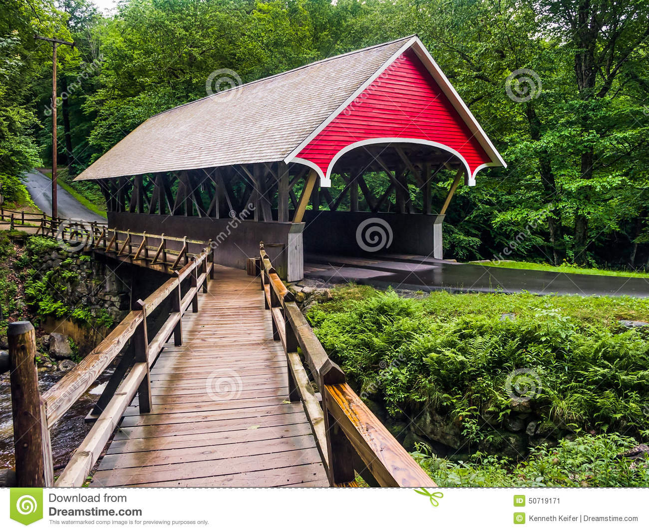 Covered bridge royalty free stock photography for Covered bridge design plans