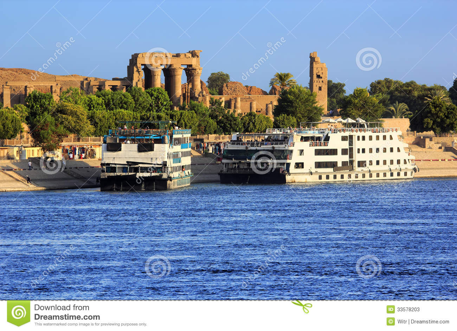 Fluss-Nil-Kreuzschiffe