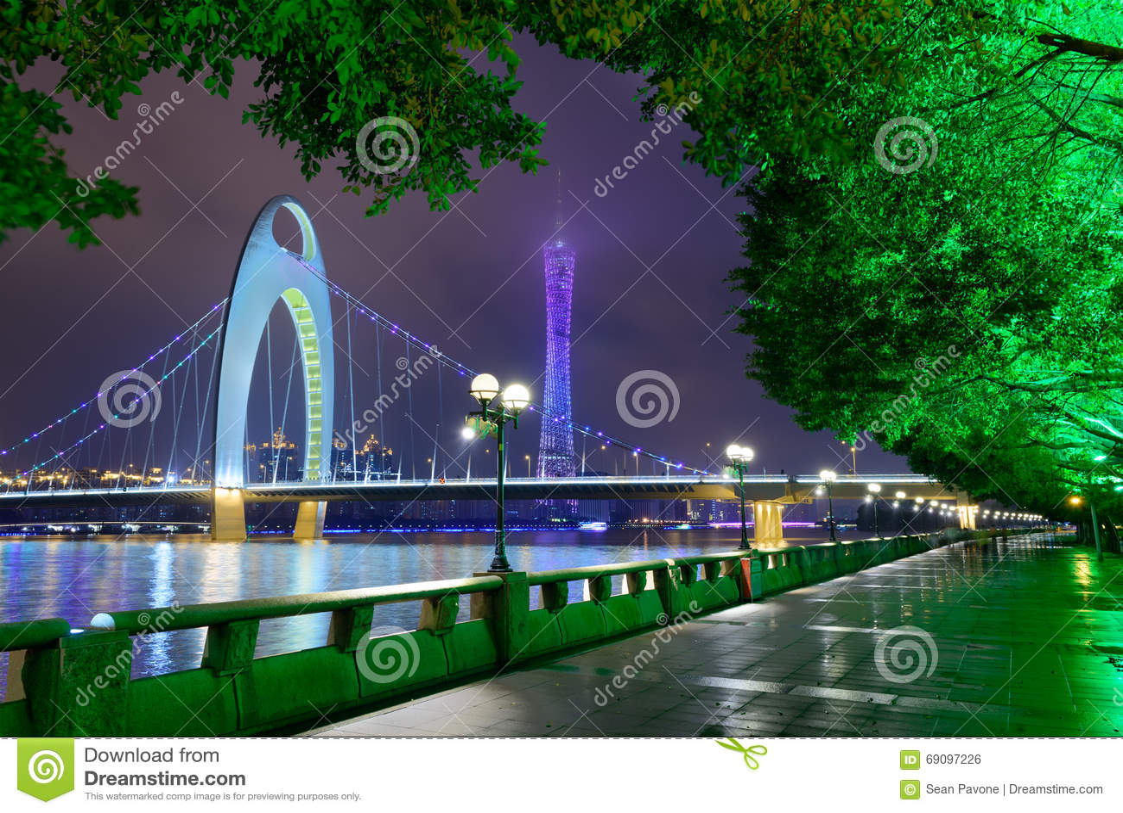 Fluss-Skyline Guangzhous China