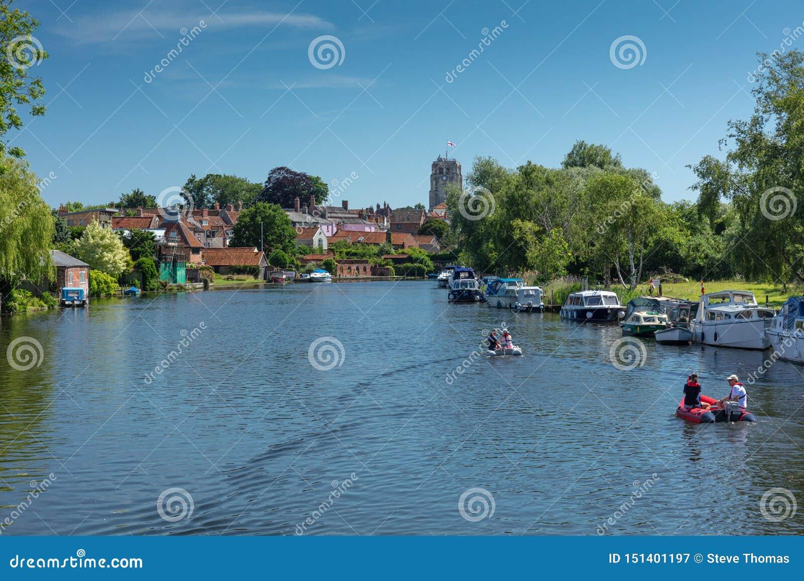 Fluss Waveney, Beccles, Großbritannien, im Juni 2019