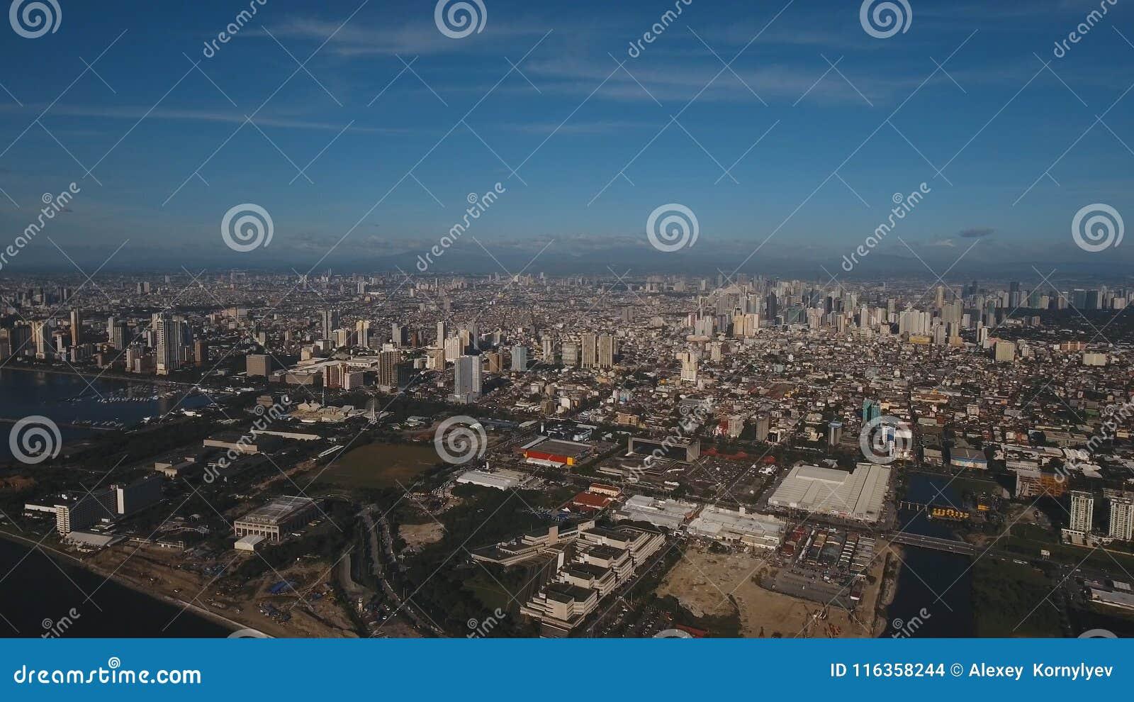 Flyg- stad med skyskrapor och byggnader Filippinerna Manila, Makati