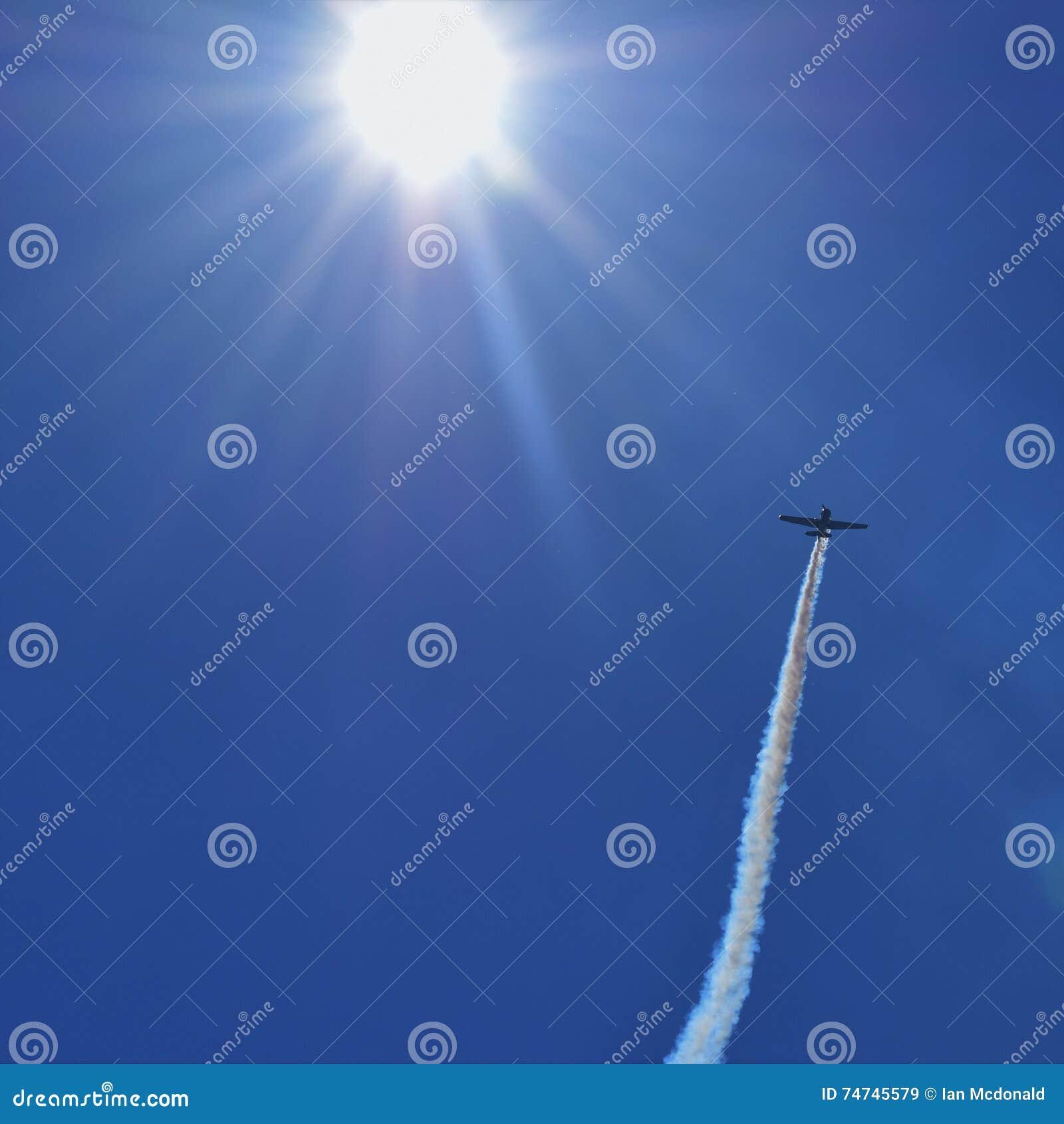 Flyga in i solen