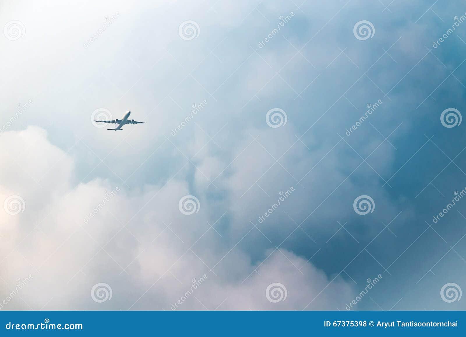 Flygplanbarn som tecknar passagerare s