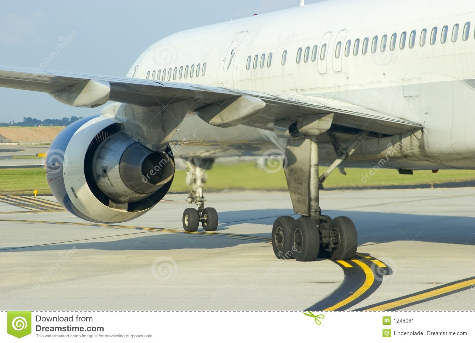 Flygplanmotorbaksida