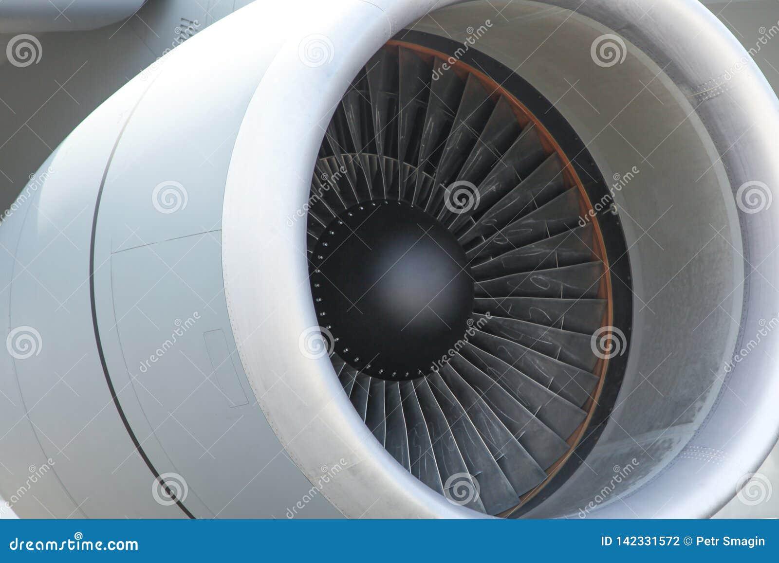 Flygplans jetmotorcloseup