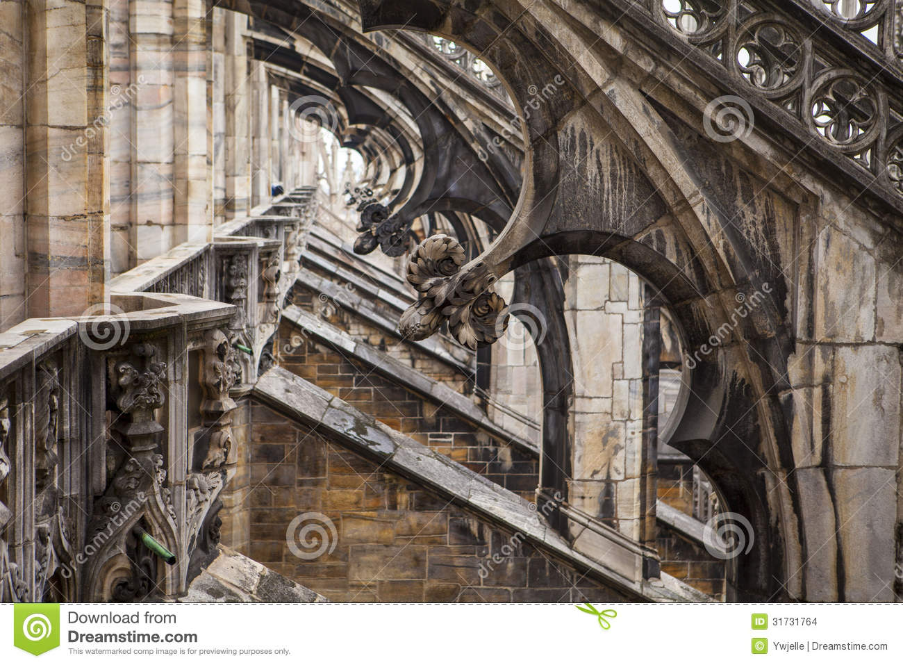 flying buttresses milan cathedral italy royalty free stock image  - flying buttresses milan cathedral italy duomo stock images